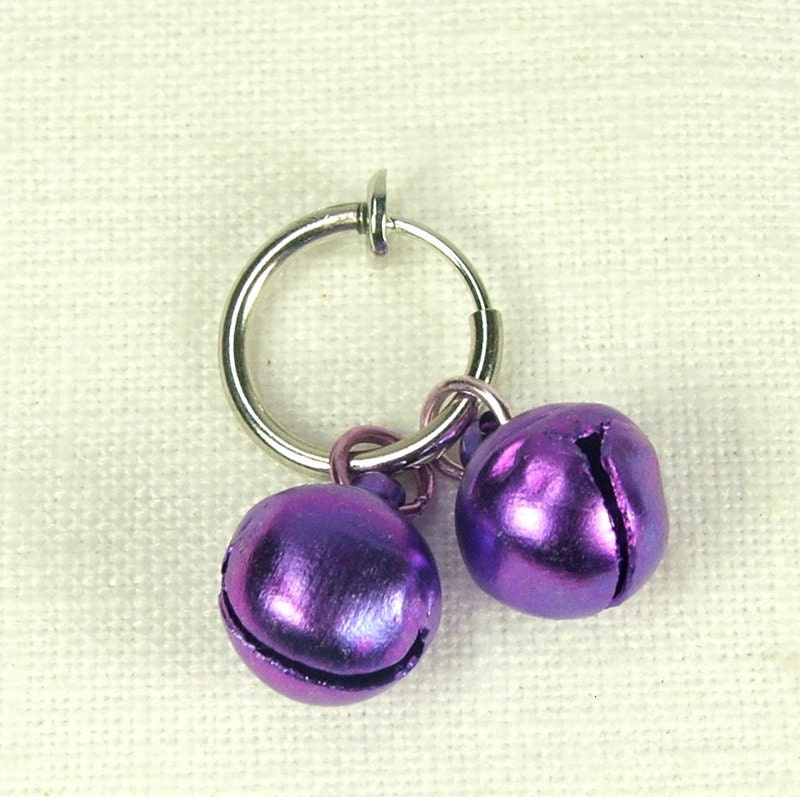 Non piercing intimate jewelry purple slave by for Non piercing clitoral jewelry