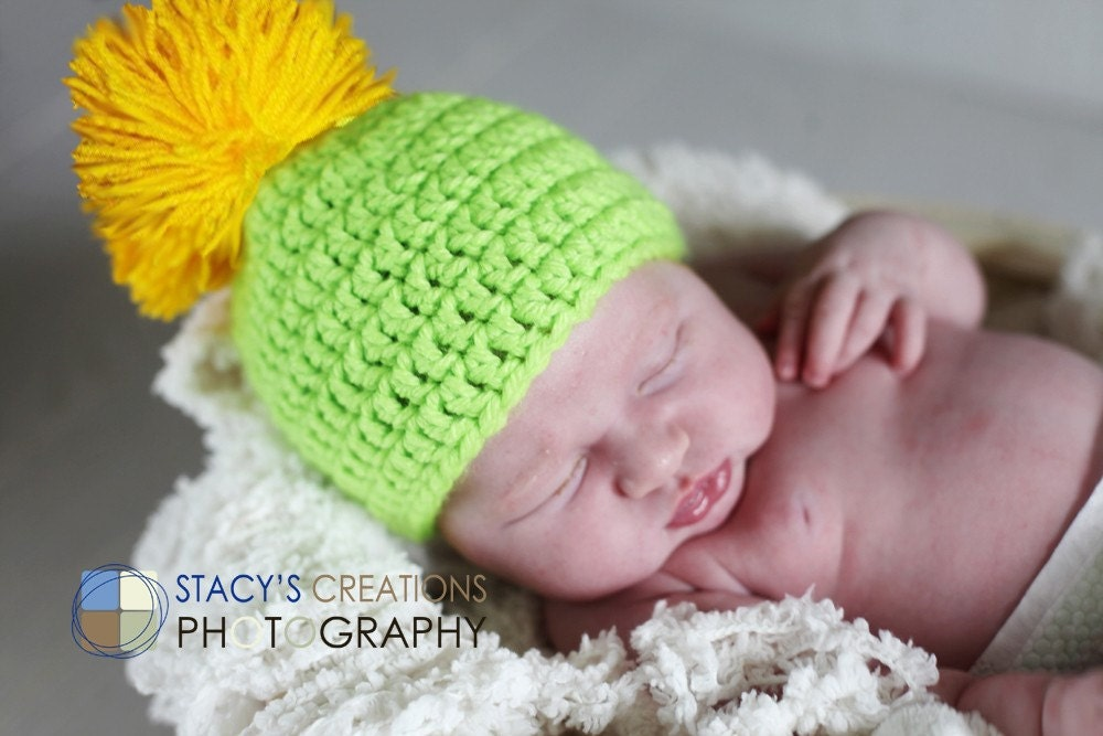 Lemon - lime hat with funny pompom. Perfect for a gift or for a photo prop. 0 -12 month. Item 011