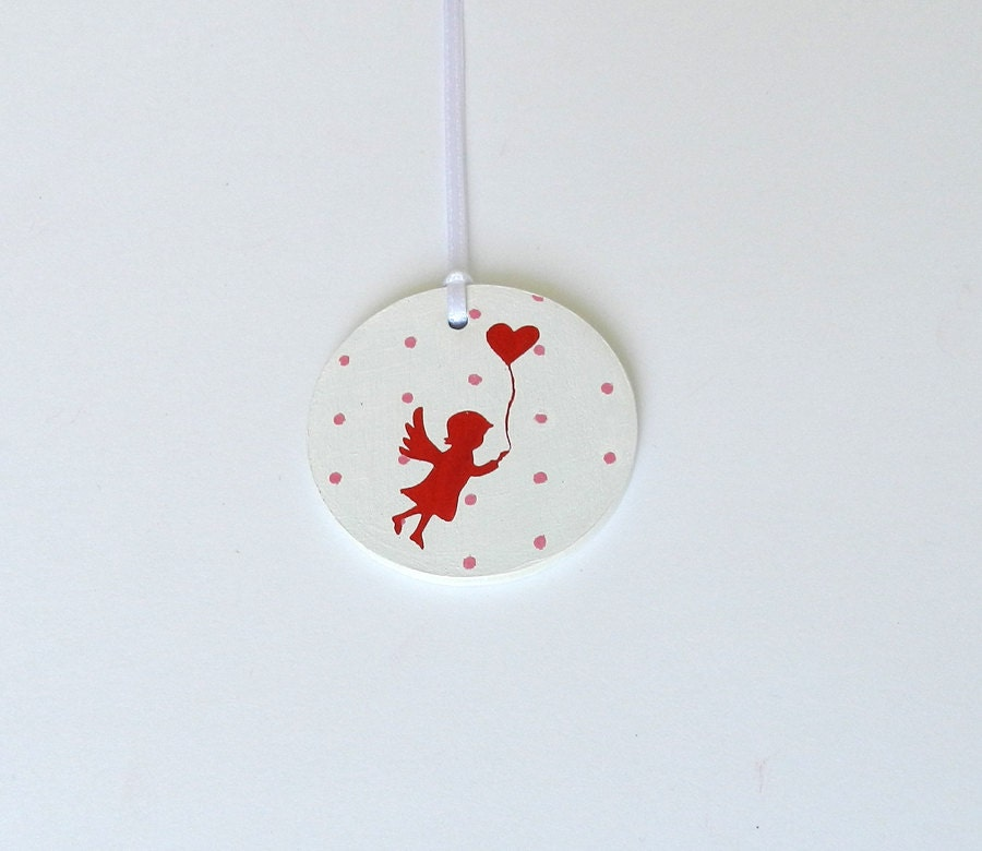 Ornament with Angel in Red and Heart, Tag for Present, Red heart, hand painted - MUSTERLADEN