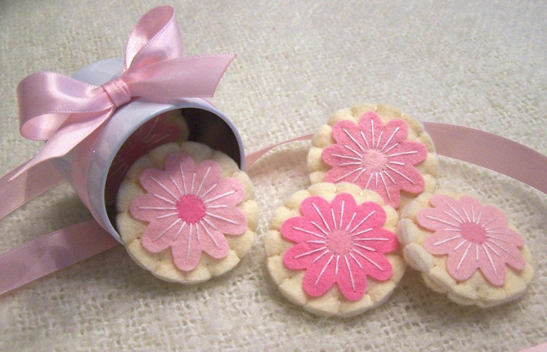 Wool Felt Play Food - Gourmet Pink Flower Iced Sugar Cookies