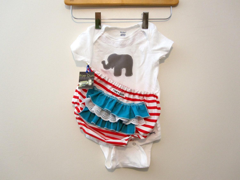 Girl Circus Elephent -ruffle diaper covers gift set
