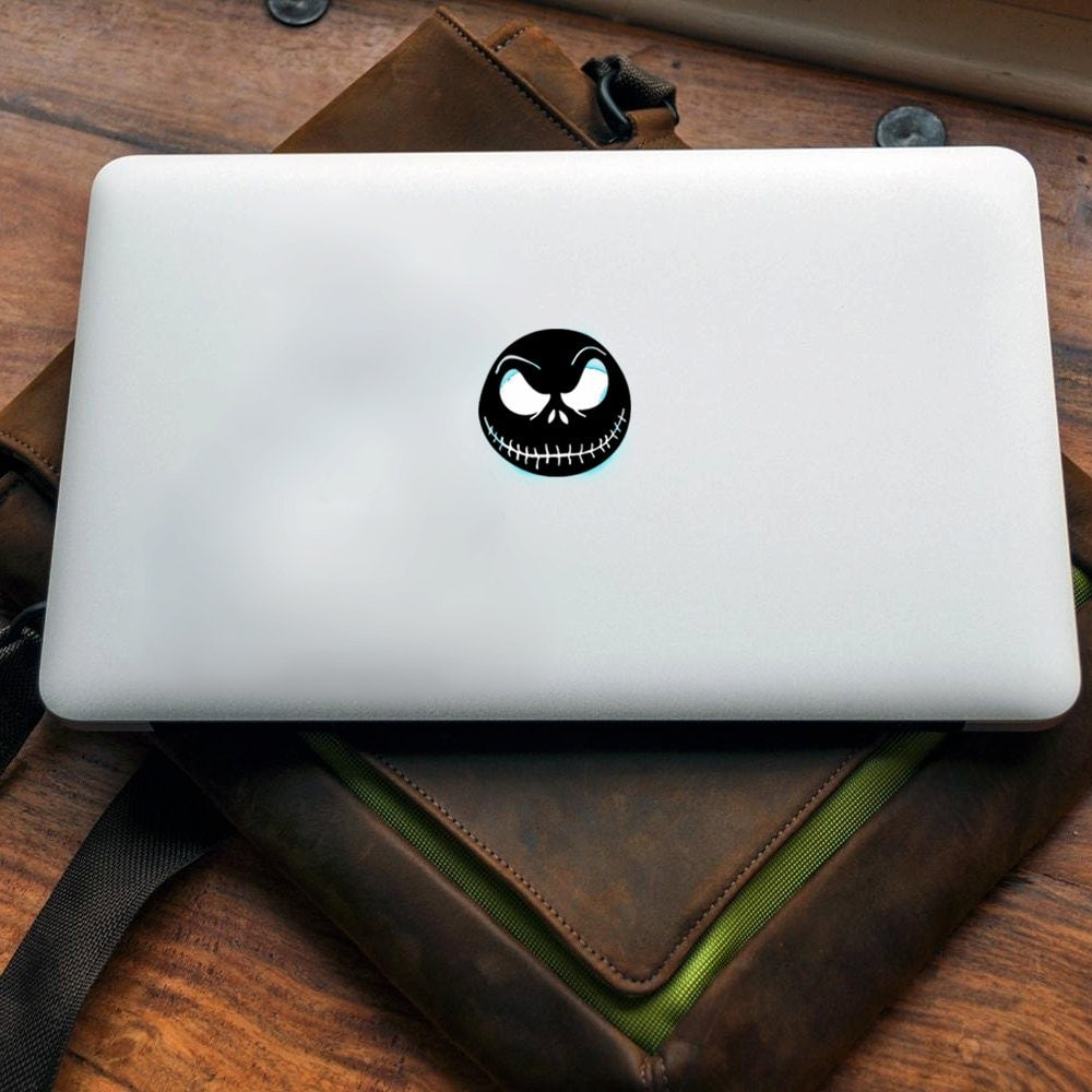 Jack Skellington Vinyl decal for MAC or PC sticker print perfect gift for any computer fan! Merry Christmas Gift Xmas Hat Apple (VS205)