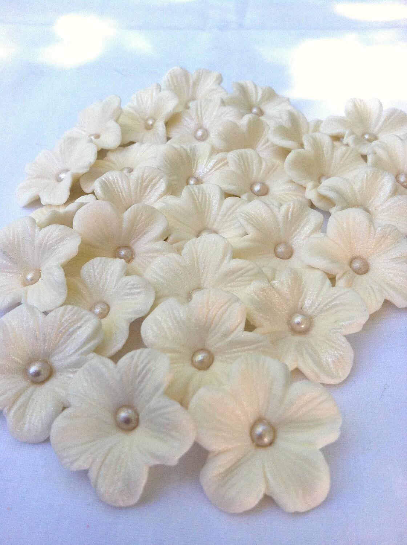 GUMPASTE Cake Decorations WHITE Gum Paste Blossoms by ...