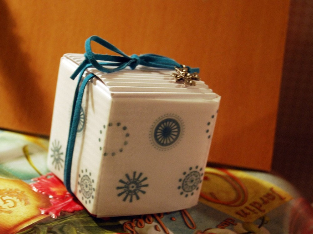 nautical gift favor box