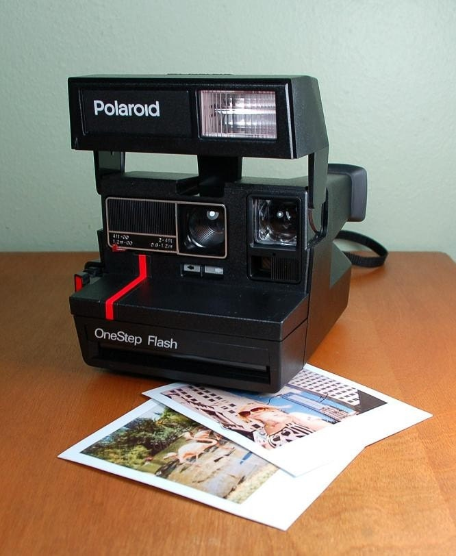 Retro - Polaroid OneStep Flash Camera
