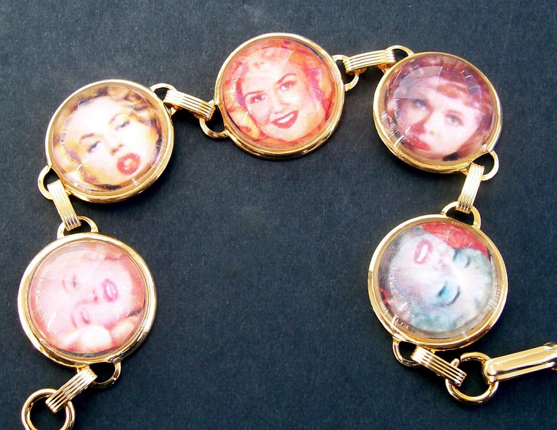 blondes pin-ups picture bubble bracelet