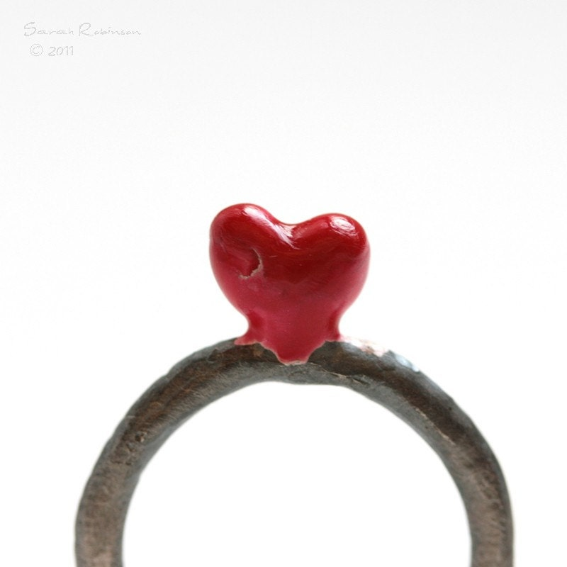 T13 Organic Love Ring Red