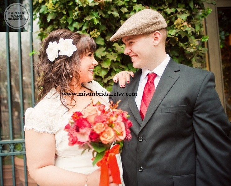 Alexandra - Set of 2 - Elegant Pearl Cluster Bridal Flower Clip - white ivory flower pin comb headband