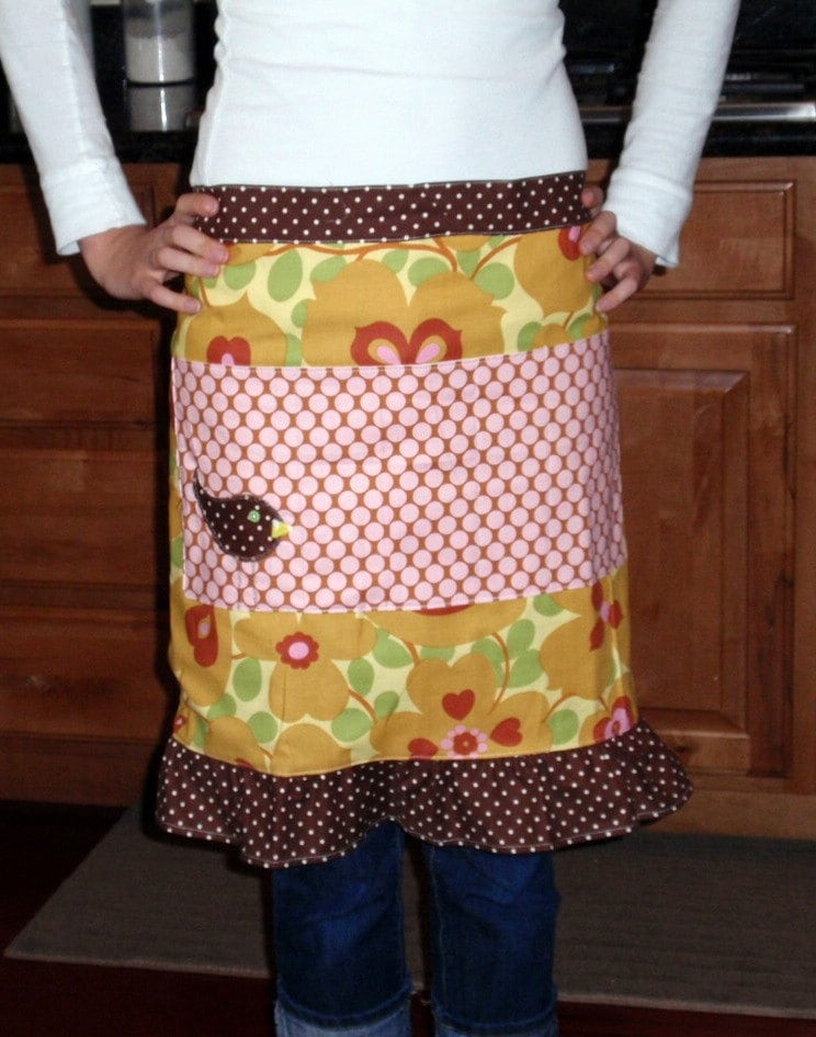 Morning Glory craft apron with ruffle