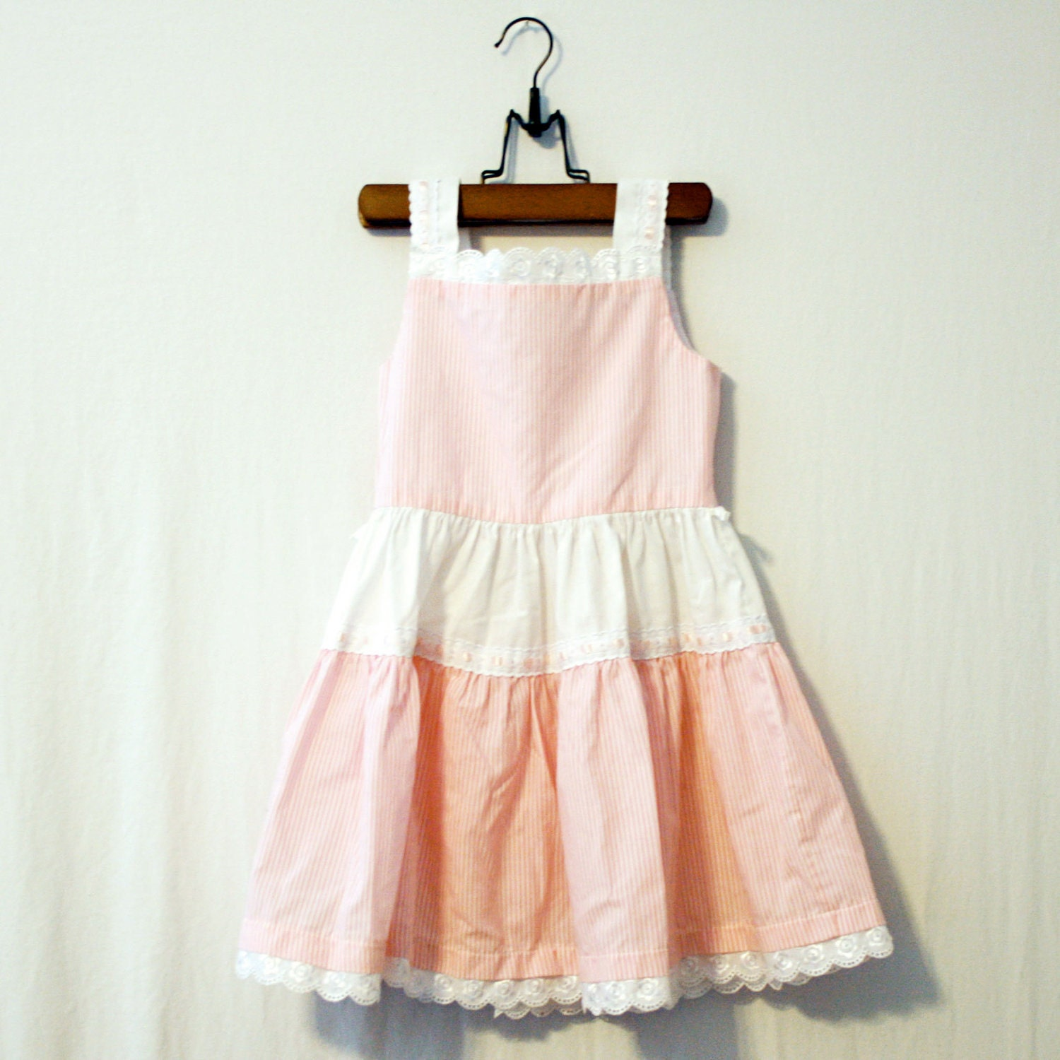 Candy // Vintage Dress for a Little Girl