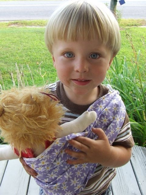 Little Daisy Doll Sling