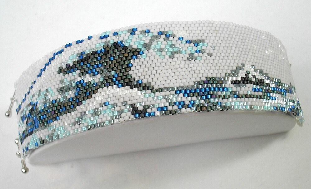 Hannah Rosner cuff bracelet bead pattern peyote stitch Hosukai
