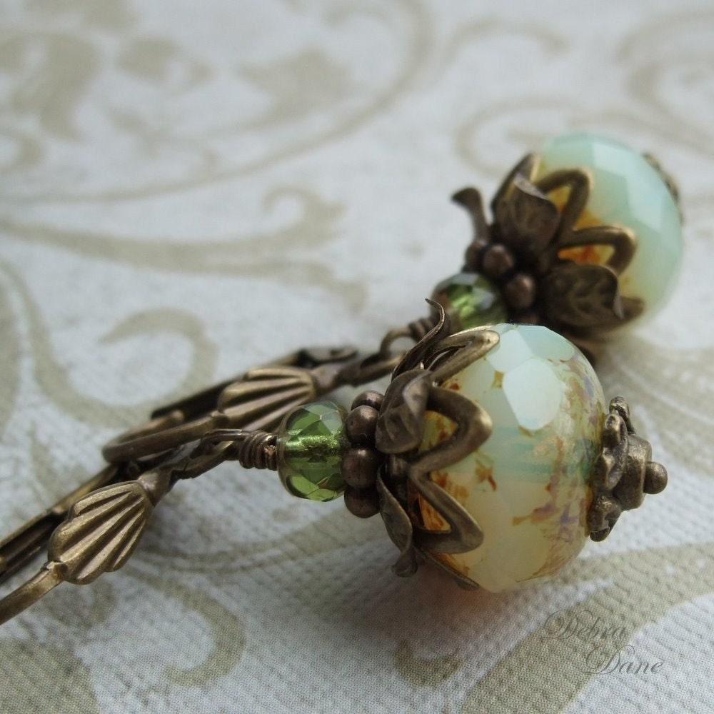Pearl Onions from the Sea