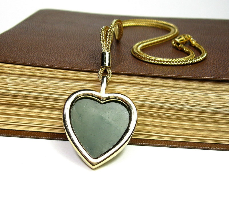 Vintage Heart Pendant Necklace, 1970's, Forest Green Jewelry, Retro Styles and Fashion, Romantic Gifts, Wedding, Love, Womens Accessories