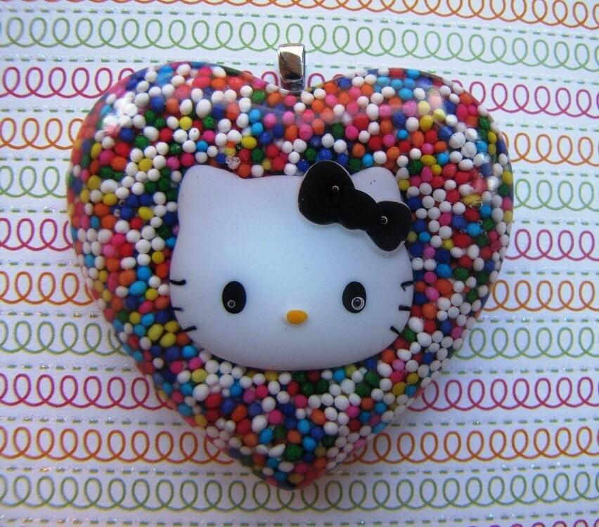 Hello Kitty Heart Necklace. Hello Kitty Sprinkles Heart