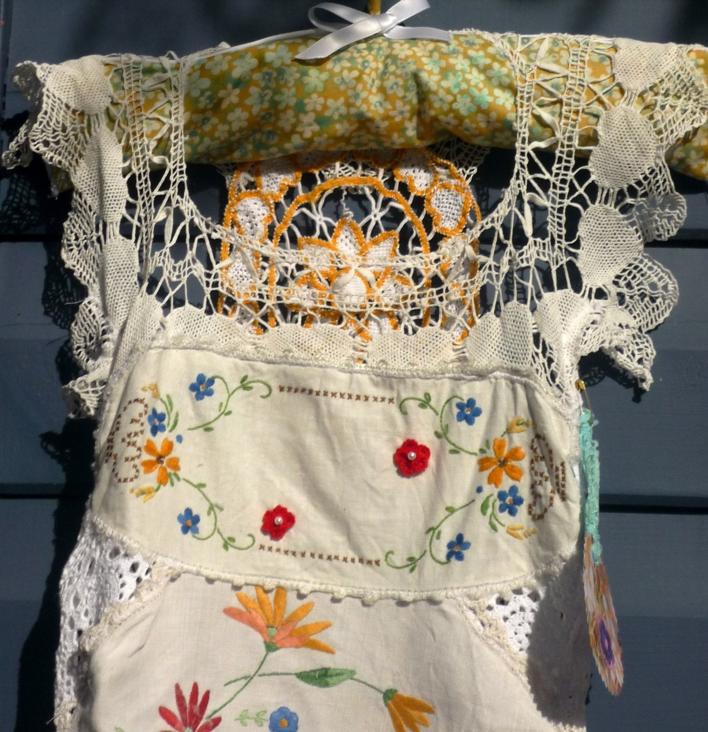 poppies and lace doily dress s3-4years
