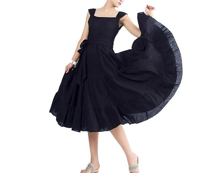 پروانه - لباس کتانی ظریف سیاه و سفید (MM04)