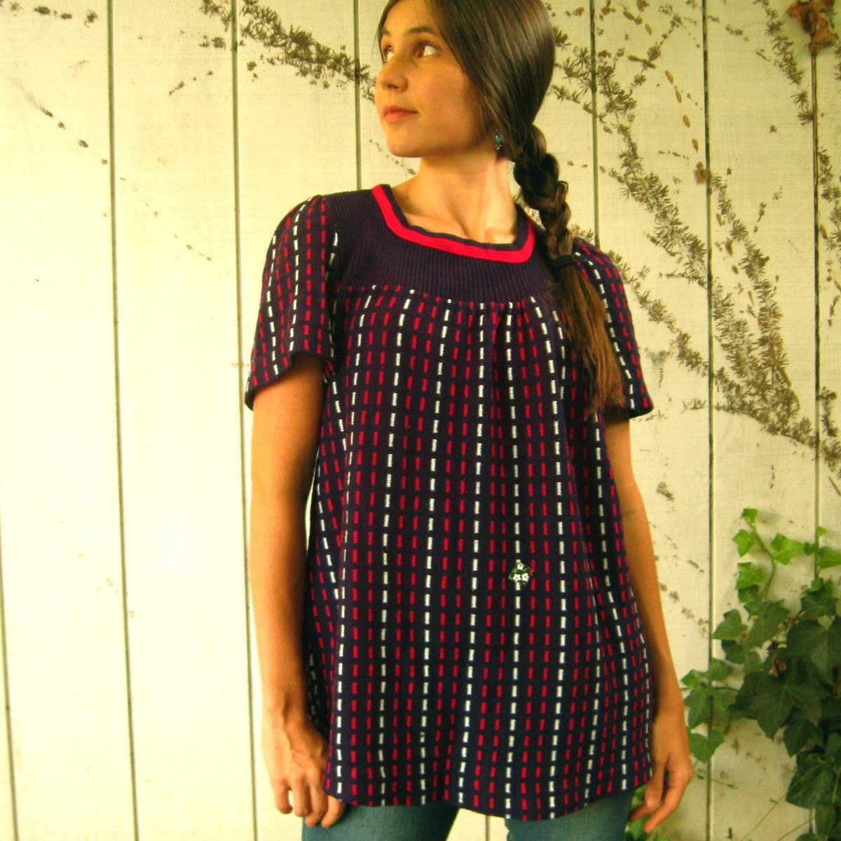 Adorable 70s Sweater Shirt S/M/L