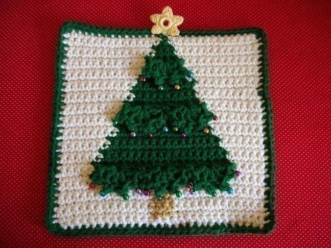 Free Crochet Patterns Christmas Potholders : Christmas Tree Potholder Crochet PATTERN by WhiskersAndWool