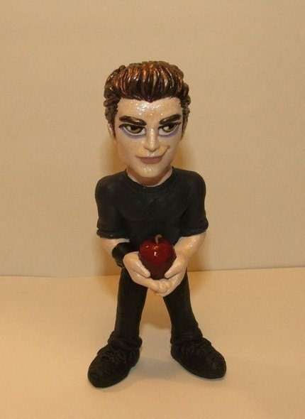 Edward Cullen figure, OOAK FAN MADE SCULPT (SPARKLES)
