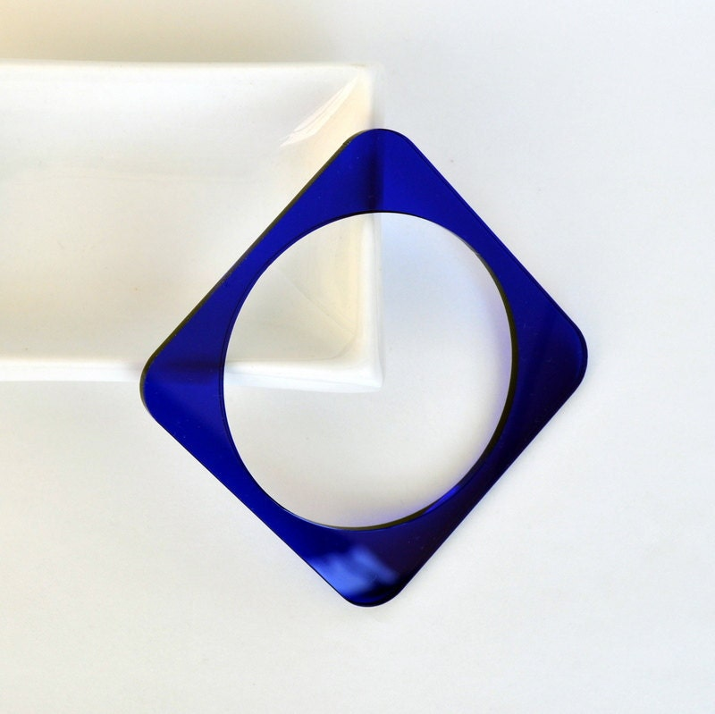 FREE SHIPPING - Plexiglass Jewellery - Fancy Plexi Bracelet (Blue / Square) - gifts under 25