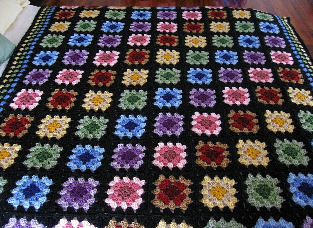 il 170x135.318246455 Etsy Crochet Treasury: Colors Around a Granny