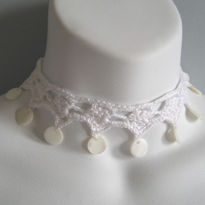 White Lace and Pearl Wedding Choker