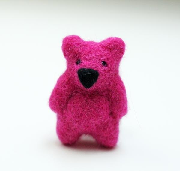 FREE SHIPPING Hand felted brooch in fuchsia (pink, magenta). Felt fashion. Little teddy bear. Animal. Fiber art. Sweet spring. - EttarielArt