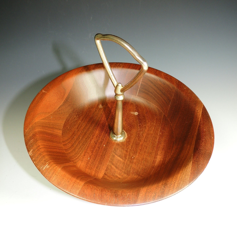 Walnut Wood Bowl / Mid Century Home Decor / Nut Bowl / Candy Bowl / Vintage Serving / Entertaining