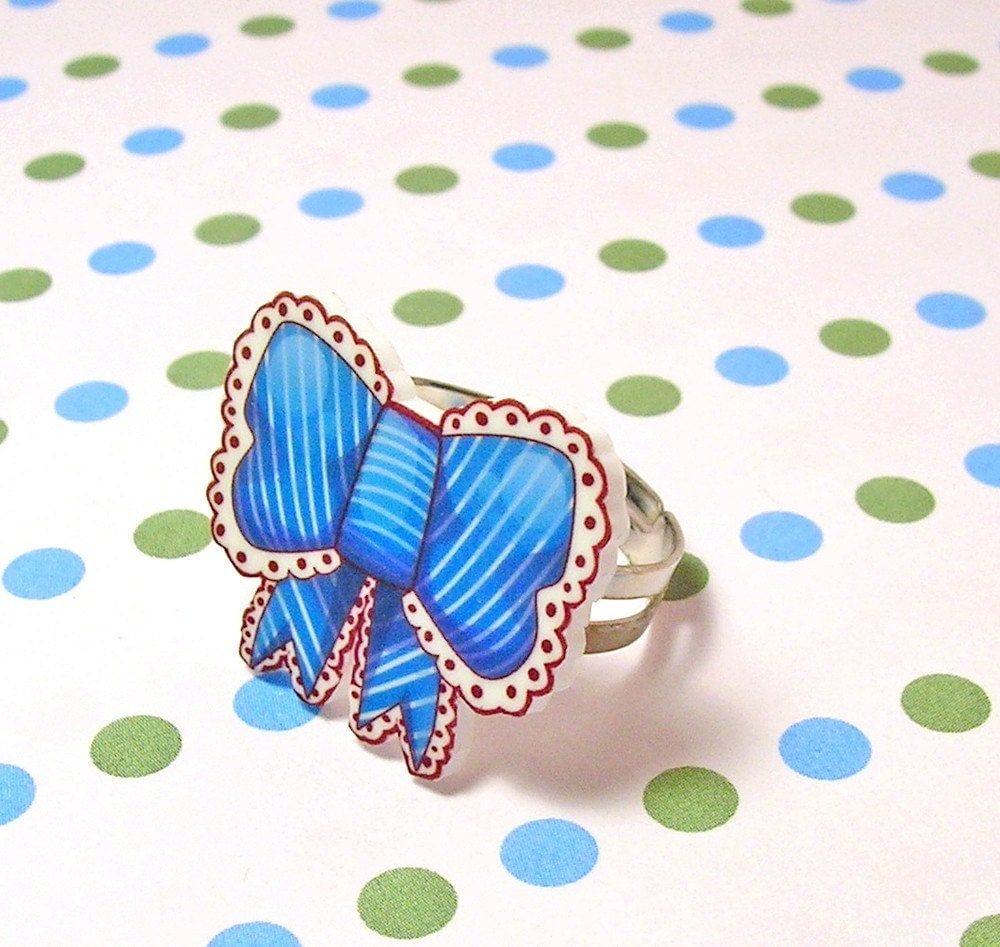 Lovely Blue Bow Ring