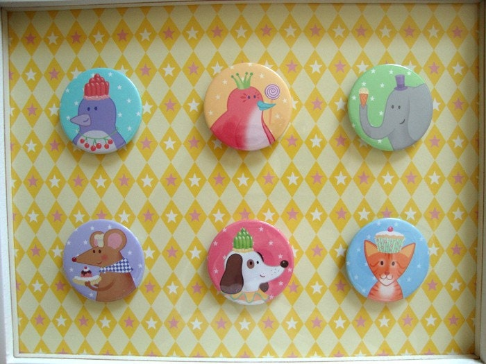 FRAMED PARTY ANIMAL BUTTON BADGES