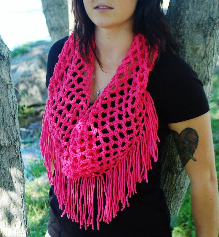 net fringe cowl scarf-cowl-scarf-infinity scarf-summer cowl-light scarf-pink scarf-fringe scarf-fishnet scarf-net scarf-net cowl-fringe cowl