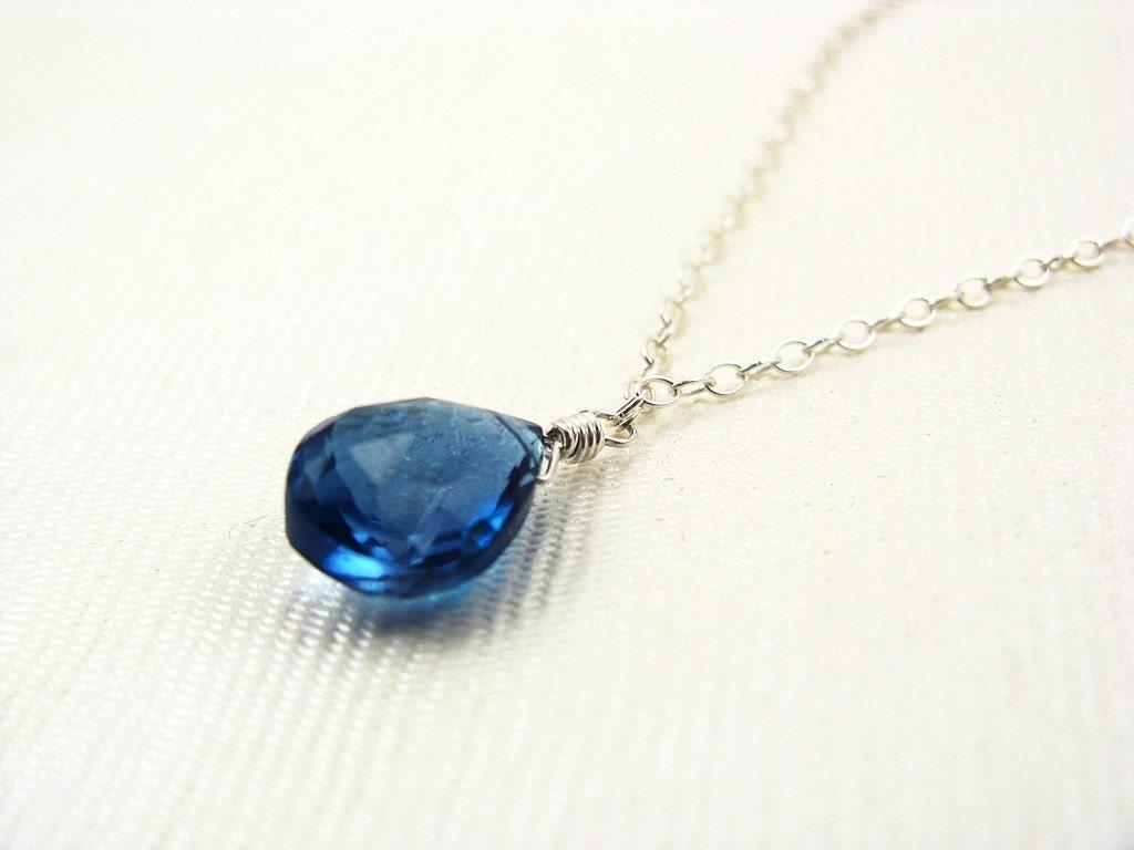Collection Mignonne Pendant - London Blue Topaz and Silver