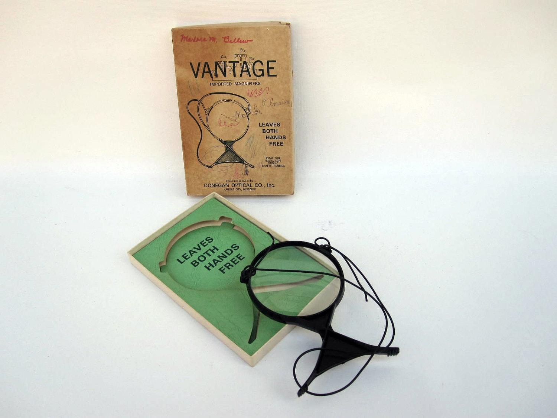 magic zoom hands free magnifier for crafts. Black Bedroom Furniture Sets. Home Design Ideas