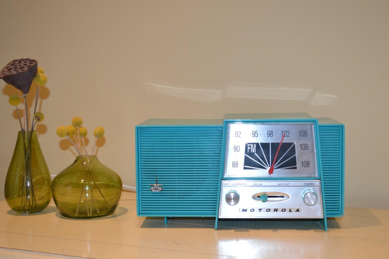 Vintage early 1960's Motorola FM Tube Radio Mid Century Modern Aqua Turquios Near Mint Condition Deco Don Draper's Apt Bluetooth Option - BoxTrader