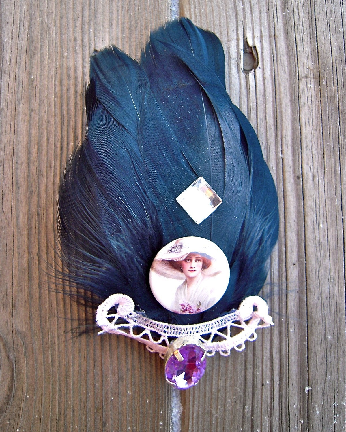 Feather portrait brooch hair fascinator blue