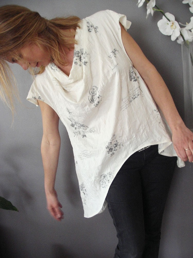 Ivory Herbarium Smooth Curve Tunic