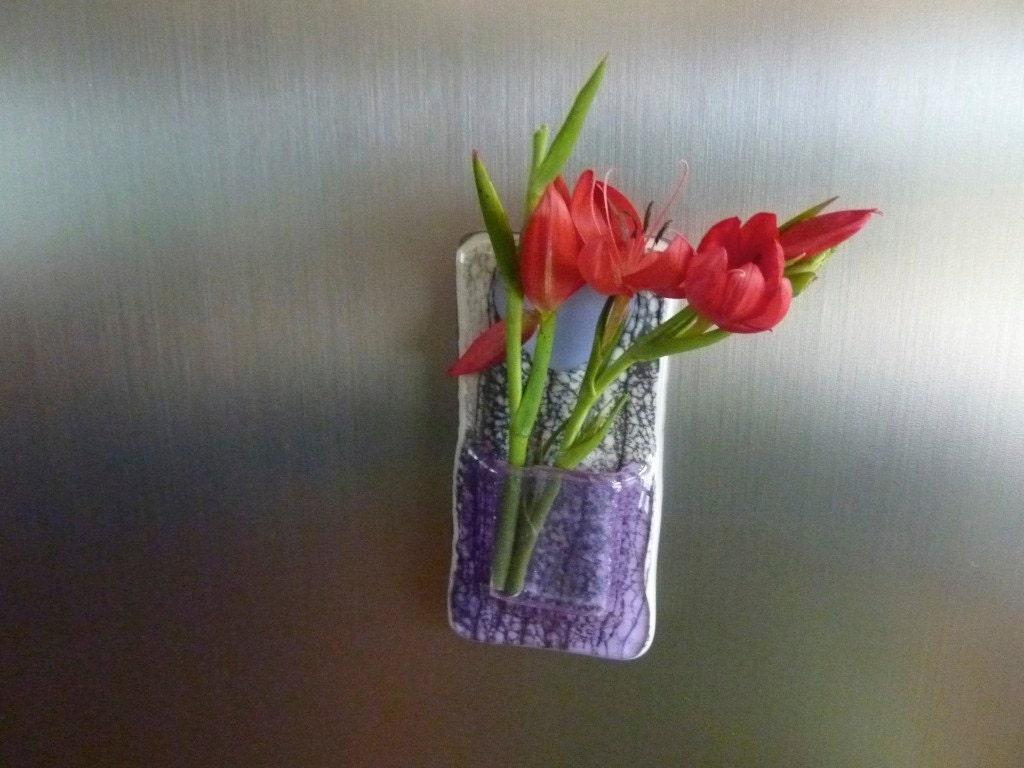 lavendar pocket vase