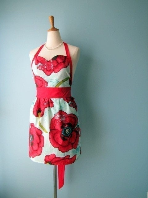 Sweetheart Apron in Big Poppy with Free Personalization