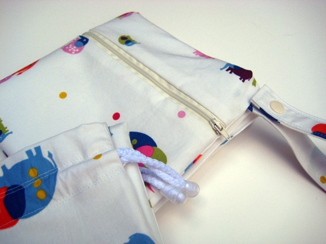 NEW Zippered Snap Handle Wet Bag in Entertaining Elephants by paisleybaby on Etsy