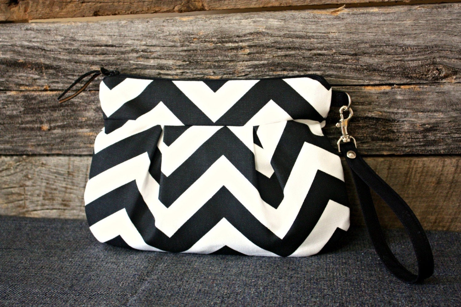 Black and White Chevron Wristlet