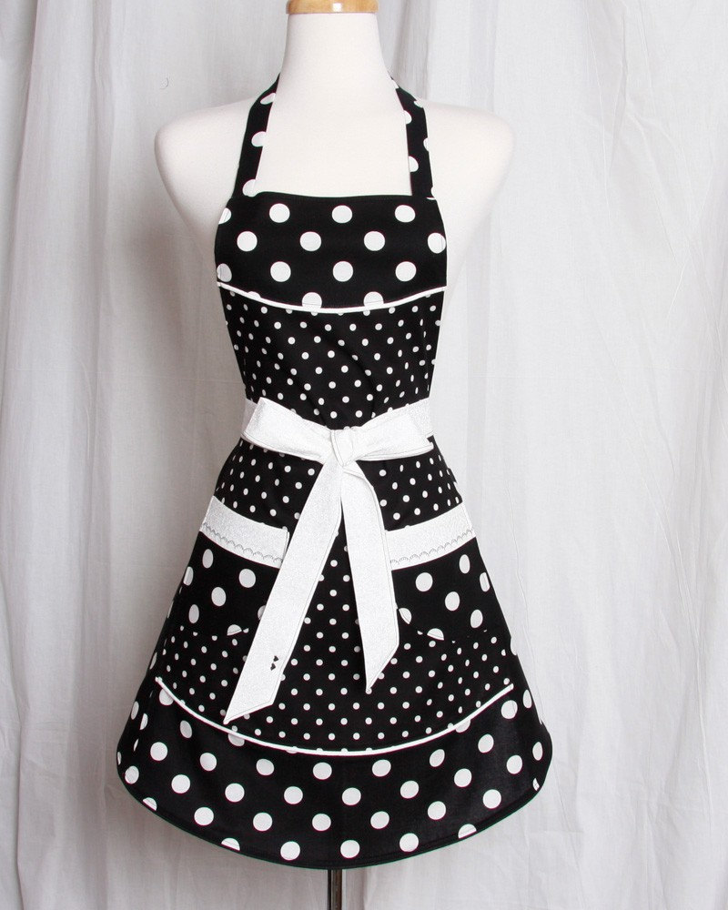 full apron black and white