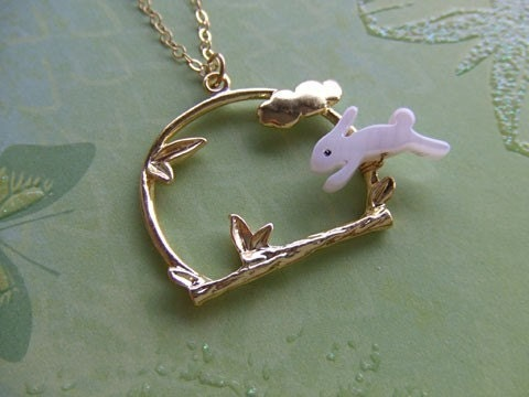 PETER RABBIT HOPS necklace
