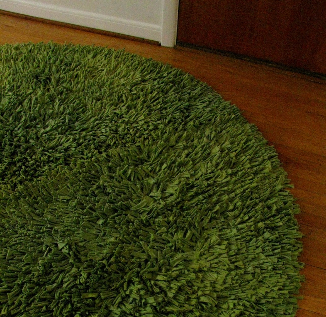 Recycled TShirt Rug in Avocado Green Round 8'