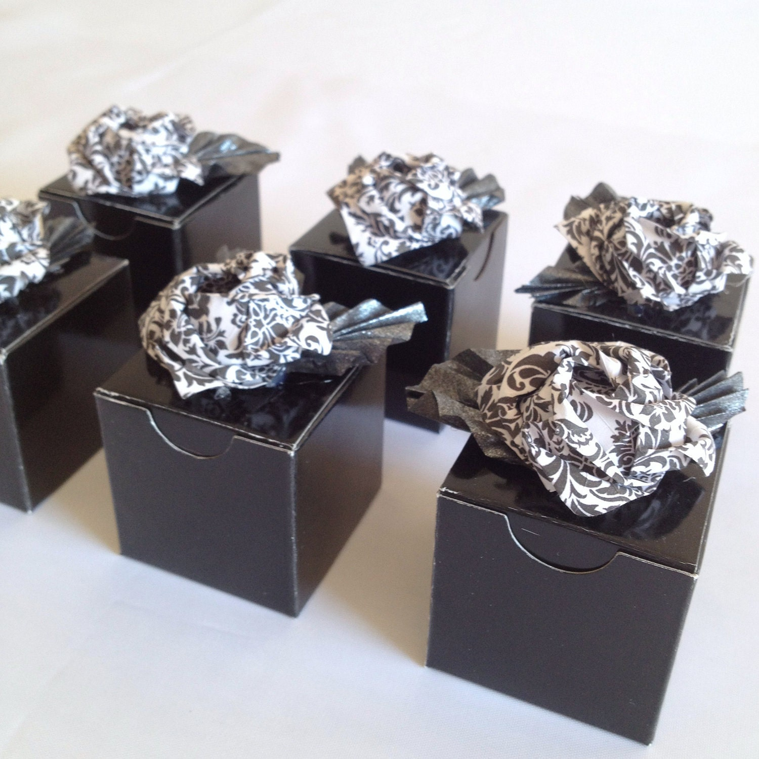 Damask Wedding Favor Boxes : Items similar to wedding favor boxes with origami roses in