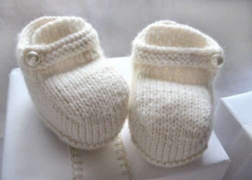 Button Baby Boots (3-6 mo.)