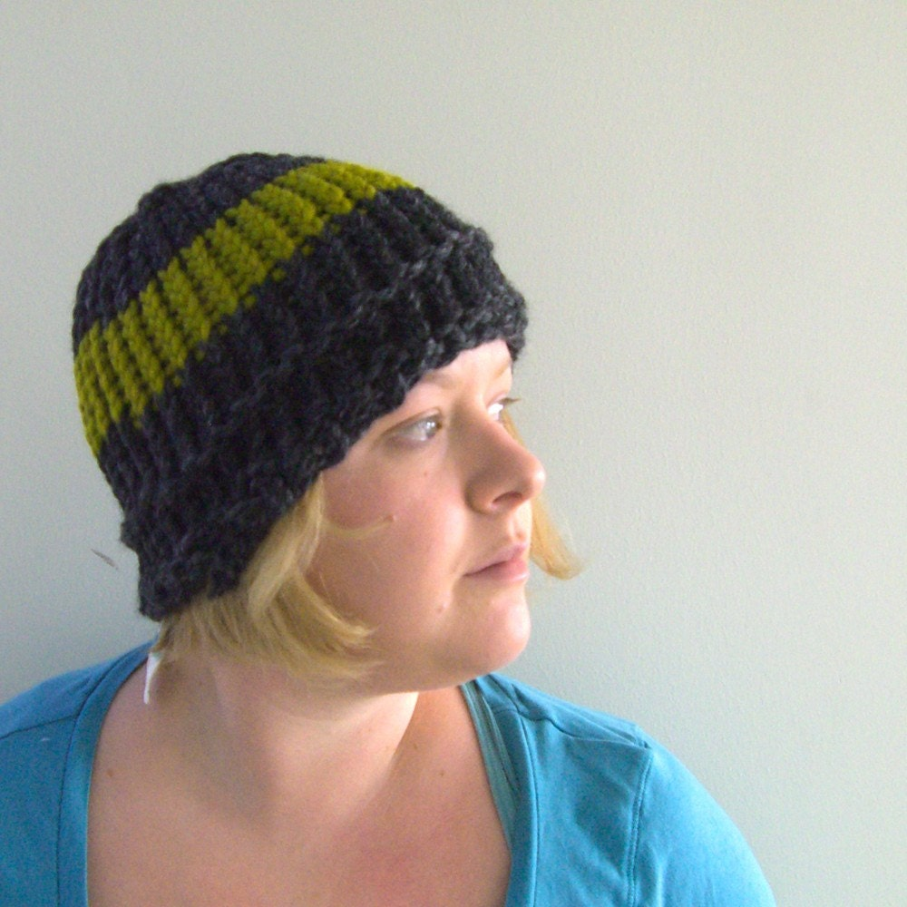 Knit Hat in Carcoal and Lemongrass green