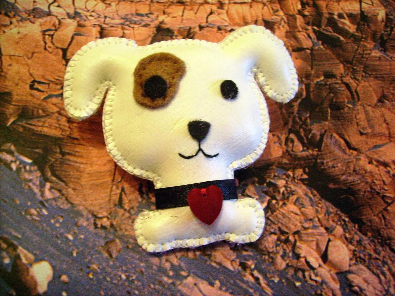 Puppie Brooch.