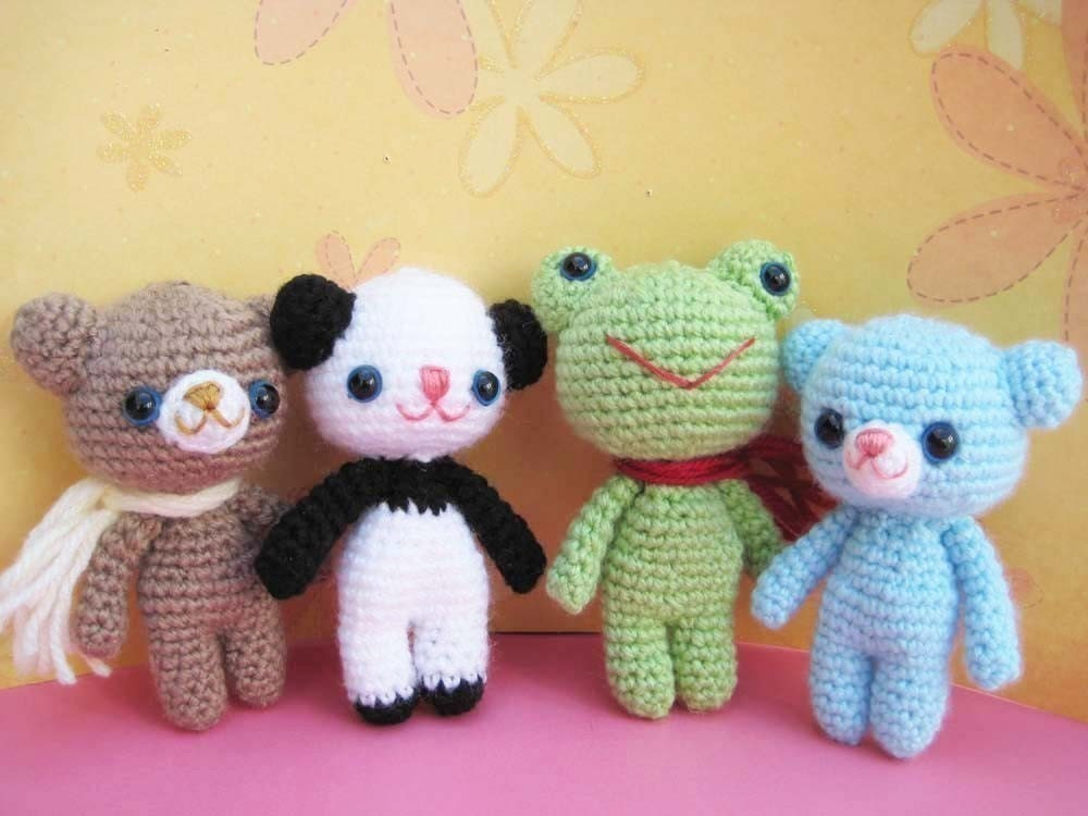 pdf  amigurumi crochet pattern bear teddy, panda, frog, welcome to sell the finished item