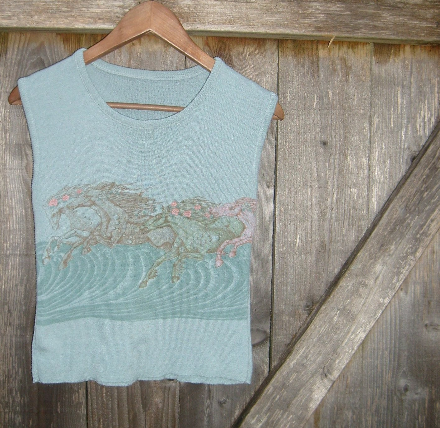 70s Ethereal GALLOPING Horses & ROSES Sweater Vest